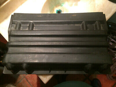 2007 International 4200 Battery Box Cover 3535374C2 With Retainer Hooks!