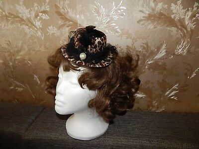 Ladies Mini Feather Rose Top Hat Cap Lace Fascinator Hair Clip Costume Accessory