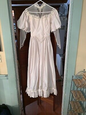 Vintage 1940's Satin & Lace Wedding Dress with Beaded Lace Veil