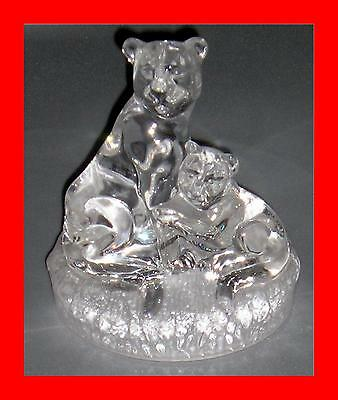 Superb Clear/Frosted Glass Sculptured Lioness And Cub - Ideal For Paperweight