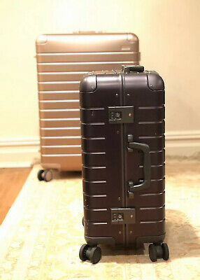 NO RESERVE - Away Travel Luggage The Bigger Carry-On: Aluminum Edition Black