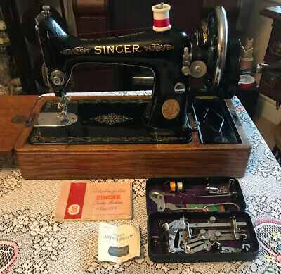 Vintage Singer 99k Sewing Machine With Instructions & Black Tin Accessories 1939