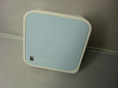 TP-LINK (TL-WR802N) 300Mbps Wireless N Mini Pocket Router, Repeater, Client, AP