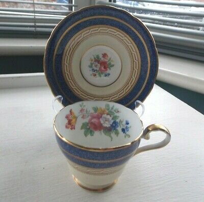 Beautiful Vintage Aynsley White & Colbalt Blue Tea cup & Saucer Pattern 7831