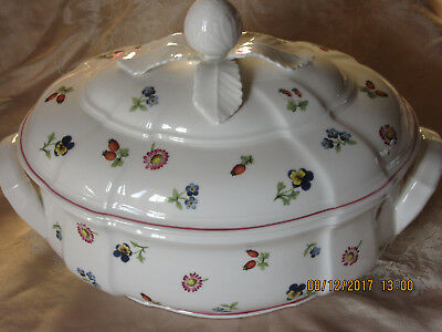 Large Villeroy & Boch Oval Lidded Dish -Country Collection-Petite Fleur - New