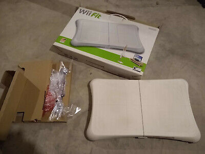 Wii Fit Balance Board with Box, Game and extra Pucks