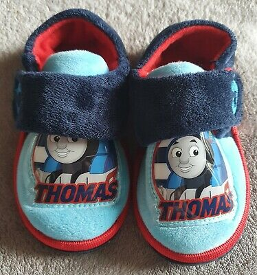 BOYS OFFICIAL THOMAS THE TANK ENGINE TOUCH FASTENING SLIP ON SLIPPERS SIZE 5-10