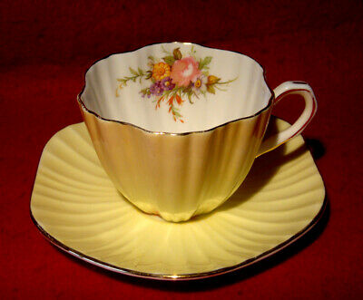 Eb Foley Yellow Ribbed Cup & Saucer Floral Bouquet Pink Rose Gold Trim England