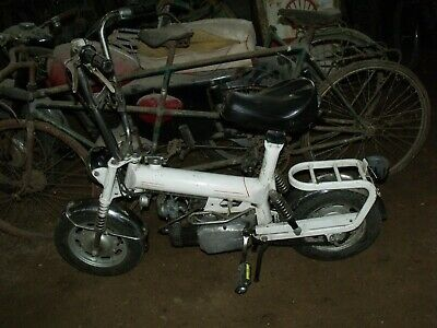 1 ancienne MOBYLETTE PING PONG DEMM 1970   scooter,moto,cyclo,no émaillée