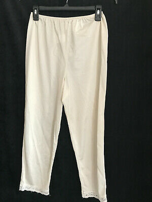 Vintage Velrose Silky Ivory 100% Nylon Pettipants With Lace Trim Size Medium