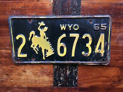Antique Vintage 1965 Wyoming Automobile License Plate Cowboy On Bucking Horse