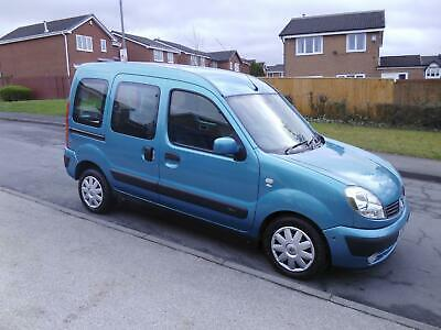 2009/58 Renault Kangoo Expression - DRIVE FROM WHEELCHAIR - ONLY 11,000 MILES