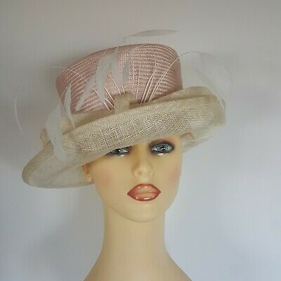 Ladies Wedding Hat Races Mother Bride Pale Pink / Cream Bow Front Feathers