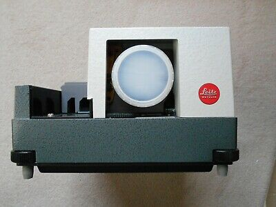 Leitz Pradovit slide projector 1:2.5/90mm - Boxed/Mint