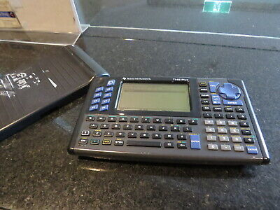 TI Texas Instruments TI-82 Plus   graphic calculator