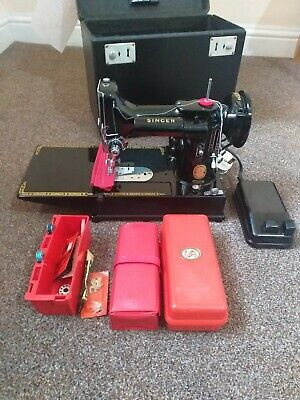 Fabulous Vintage Singer Featherweight 222K Sewing Machine, Serviced, Attachments