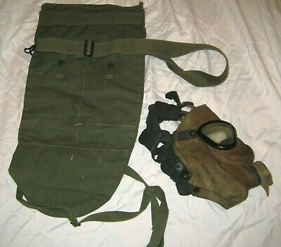 Vtg MILITARY GAS MASK AND CANVAS SNOUT TYPE SERVICE CARRY BAG CASE Steampunk ?