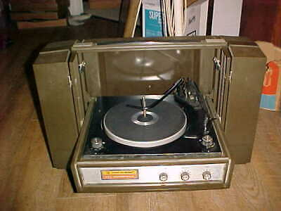 Vintage Voice Of Music 335 Stereophonic Portable Record Player