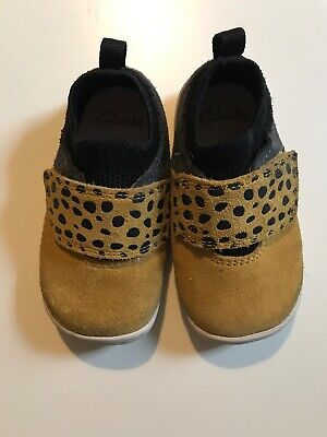 clarks childrens shoes