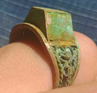 Stunning ANCIENT Medieval ROMAN BRONZE RING museum quality RING