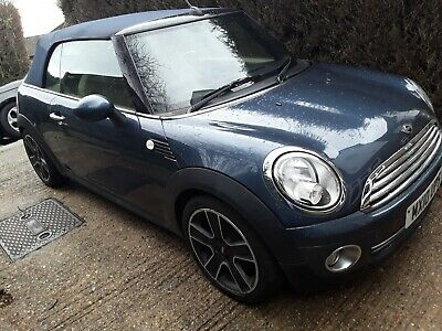 MINI Cooper convertible 2010 blue 46000 miles immac mot July