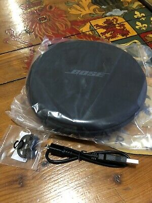 Genuine Bose QuietControl 30 Carry Case, Charger & Replacement Ear Buds BNWT