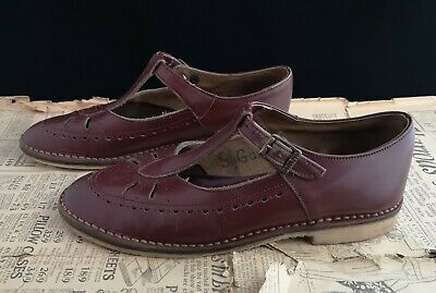 Vintage leather t bar shoes, Mary Janes, 1940's, oxblood