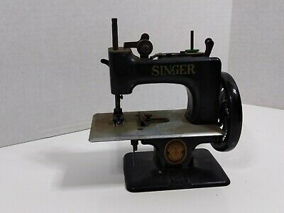 vintage Singer salesman tradesman sample metal sewing machine long plate