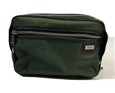 TUMI Small Zip Pouch Soft Sided Travel Case Toiletry Bag Cosmetic Bag Green