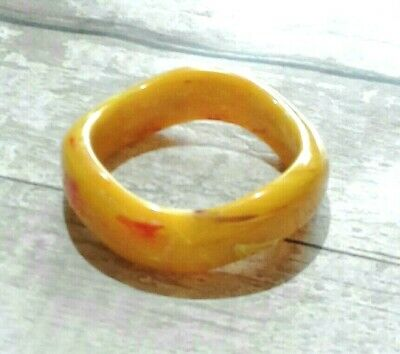 Vintage Chunky Wavy Yellow Marbled Lucite Bangle Mid Century Early Plastic Retro