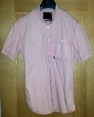 BENCH MEN'S RED & WHITE STRIPED CASUAL SHORT SLEEVED SHIRT 100% Cotton - Size La
