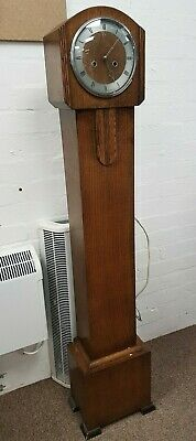 Smiths Oak Grandmother Clock In Working Order Strikes On Two Gongs Y-0469-DL-W09