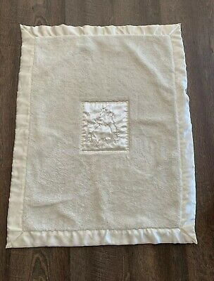 Classic Pooh baby blanket thick cream color sherpa satin trim back & patch NICE