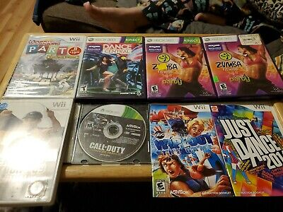 Video Game Lot. 6 games plus 2 manuals. Some scratches. Sold As Is. Wii Xbox 360