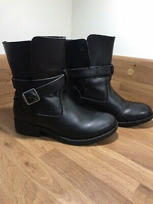 Girls Leather Trespass Boots Size 2