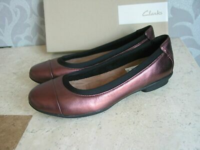 Clarks Un Chelsea Brown Leather Bar Wedge Shoes Uk Size 6.5 D