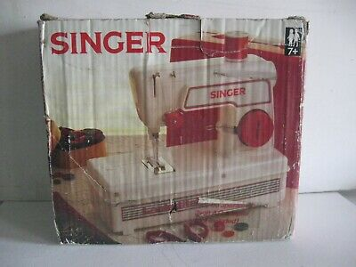 Vintage Singer Lockstitch Children's Kids Sewing Machine With Case & Manual