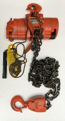 Cm Airstar Pneumatic Air Chain Hoist 1 Ton/2000 Lb Capacity 11 Ft. Chain Length