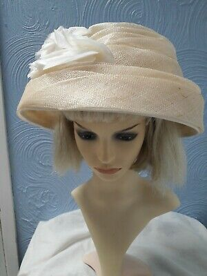 LADIES sand beige WEDDINGS/SPECIAL OCCASIONS party hat one size 56cm by headways
