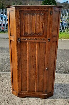 Vintage Linen Fold Panel Front Hall Robe / Single Wardrobe   Delivery Available