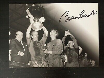 Bobby Charlton - Manchester United Legend - Excellent Signed B/W Photo