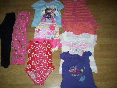 Girl's bundle of summer clothing.Age 3-4 yrs.Tops,shorts, swimming costumes.