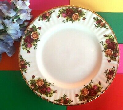 "Vintage Royal Albert China c1962 ""Old Country Roses"" 26 cm / 10.25"" Dinner Plate"