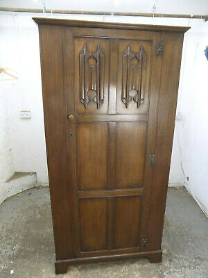 vintage,1930's,dark,oak,single,panelled,wardrobe,shelf,bedroom,hanging rail