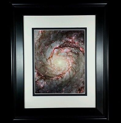 HUBBLE SPACE IMAGE POSTER NGC 1672 Spiral Galaxy in Dorado 24X36 Red Stars