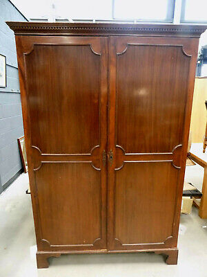 antique,edwardian,mahogany,panelled,double,wardrobe,bracket feet,hanging rail