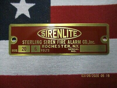 "Sterling ""SIRENLITE"" Model 20 Replacement Brass Badge 6 Volt"