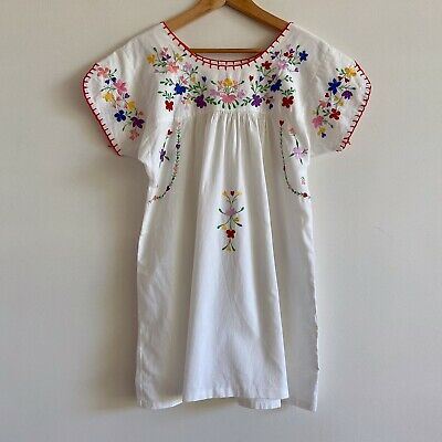vintage white colourful embroidered peasant boho top shirt mexican floral blouse