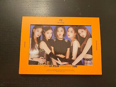 (Opened/No Pc Or Cover Postcard) Itzy Itz Me Wannabe Album (Me) Read Desc