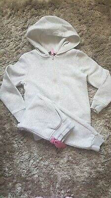 Girls grey tracksuit Size 5-6 Years